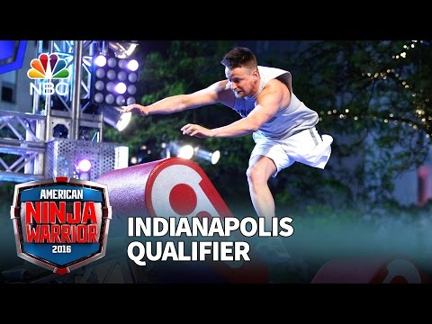 OneLegged Contestant Mounts An Impressive American Ninja Warrior