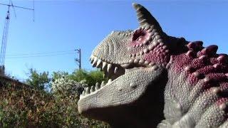 T Rex vs Carnotaurus 3