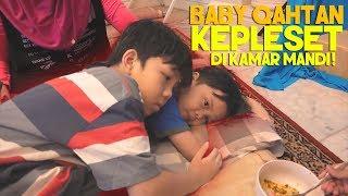 Video HEBOH! Baby Qahtan Kepleset di Kamar Mandi MP3, 3GP, MP4, WEBM, AVI, FLV Juli 2019
