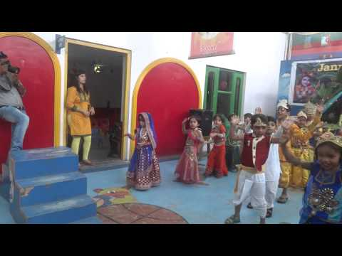 Video Radha teri chunari dance performance by royal kidzee rewa download in MP3, 3GP, MP4, WEBM, AVI, FLV January 2017