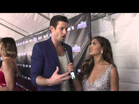 "Chadd Smith get ""MAD"" on the Industry Dance Awards red carpet"