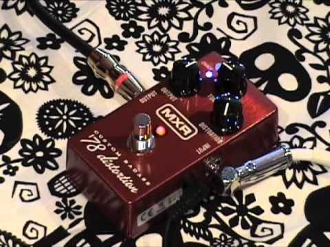 MXR Custom Badass 78 Distortion guitar effects pedal demo with Strat