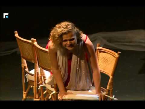 عرض مسرحي للمخرج ميشال جبر تمثيل نيللي معتوق، حمل عنوان كيفك يا ليلى
