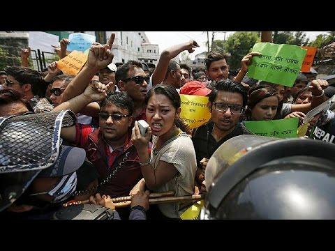 Νεπάλ: «Άφαντα» επιδόματα στους σεισμόπληκτους