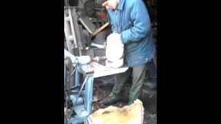 Уралец с дровоколом