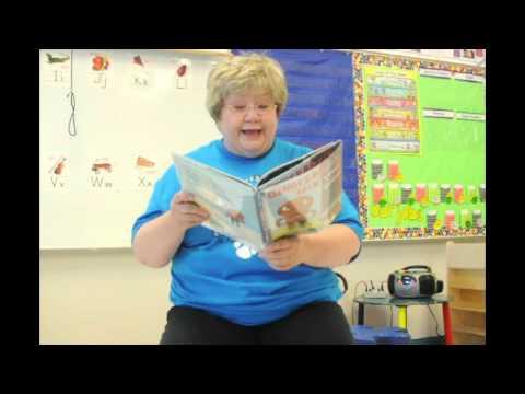Mrs. Kelly - Gingerbread Man - Loose In School.mov видео