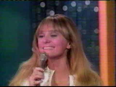 Tekst piosenki Jackie DeShannon - Put a Little Love in Your Heart po polsku