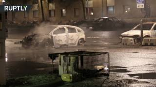 Машины загорелись в ходе беспорядков в Швеции