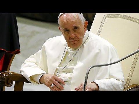 Πάπας: «Κάθε ενορία στην Ευρώπη να αναλάβει και μια οικογένεια προσφύγων»