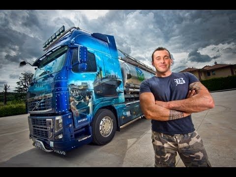 """Volvo Trucks – """"Welcome to my cab"""" – The Titanic truck"""