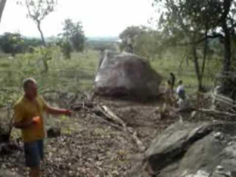 Pedra Gigante,Causa ou consequência do Terremoto em Coxim