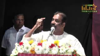 Kaviperarasu Vairamuthu felicitating Tarun Vijay