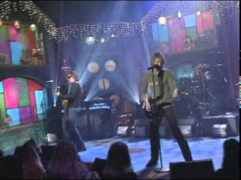 BON JOVI BOUNCE - Bon Jovi Performing Bounce at MadTv (2002) Lyrics: I been knocked down so many times Counted out 6, 7, 8, 9 Written off like some bad deal If you´re breathin...