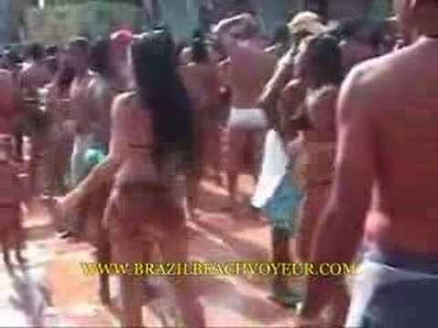 BRAZIL BEACH VOYEUR-www.brazilbeachvoyeur.com (видео)