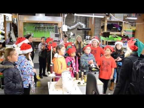 holiday-school-carolers