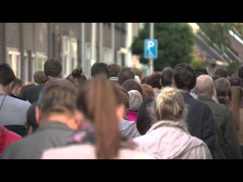 Honderen lopers stille tocht voor MH17-slachtoffers in Tilburg