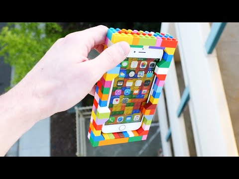 他特意為iPhone 6S做了一個樂高手機殼然後從30公尺高處丟下,看到結果只想說樂高完全可以把這段影片當宣傳廣告了!