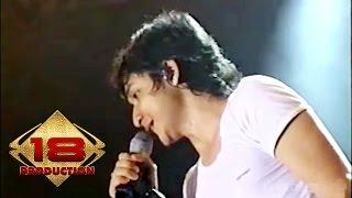 Ungu - Bayang Semu  (Live Konser Tasikmalaya 16 Desember 2006) Video