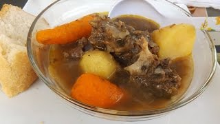 Please thumps up the video.Facebook: https://www.facebook.com/kadirecipesPageRecipe: http://www.kadiafricanrecipes.com/beef-soup.htmlIn this video, I will show a simple recipe for beef, you are going to love this.