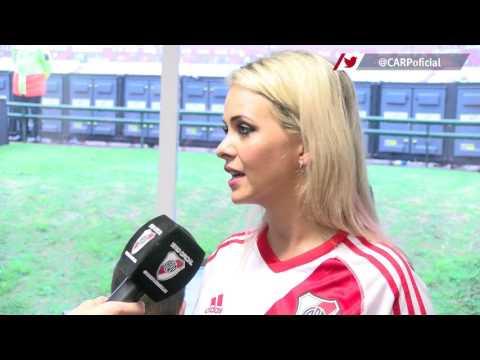 Alejandra Maglietti, Voz del Estadio Monumental invitada