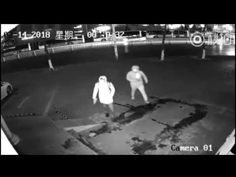 Robber Knocked Out By Partner!