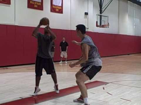 Yao Ming Workout 8/24/2010 -- trash-talking Chuck Hayes