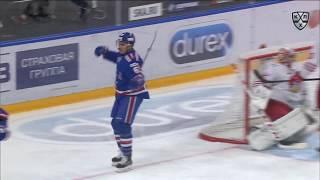 Гусев ставит рекорд КХЛ по передачам