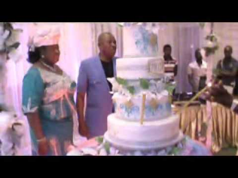 Part 5 Rev. M.C.A Iwunze & Pastor Mrs. Ruth Iwunze Cut  56 BIRTHDAY CAKE