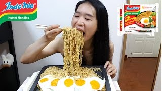 Video [MUKBANG] Indomie Fried Noodles Mi Goreng | Indonesian Noodles MP3, 3GP, MP4, WEBM, AVI, FLV Oktober 2017