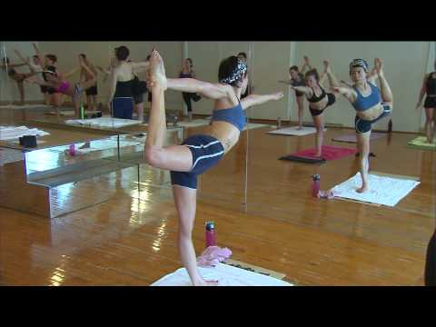 hot yoga - Marcus Leshock of WGN-TV does his best to get through Bikram Yoga, an invigorating workout in a 105 degree room with 40 percent humidity. To check out Bikram...