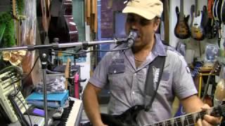 Nascerò con te -chitarra e voce Pietr8