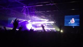 David Guetta - Without You Ft. Usher Live In Hong Kong 2013 [HD]