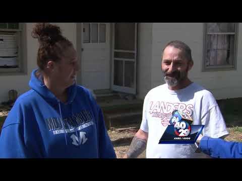 Stormchasers survive EF-2 tornado
