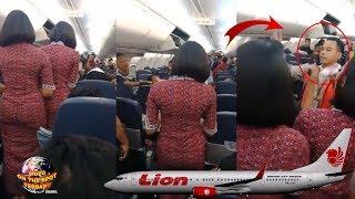 Video Terjadi K3RIBUTAN Dalam Pesawat Lion Air!! Penumpang KEL4PARAN Dan Jadi... MP3, 3GP, MP4, WEBM, AVI, FLV November 2018