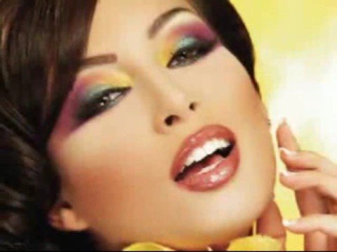 heavy arabic makeup. Very Hot Arabic Makeup