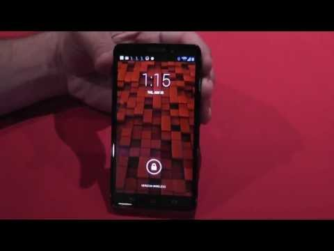 Droid - Motorola Droid Ultra Hands-On Motorola is back in the Android smartphone game with three new Droid devices for Verizon Wireless. The middle device is the Mot...