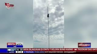 Video Siswa SMP Panjat Tiang Bendera Demi Kibarkan Merah Putih MP3, 3GP, MP4, WEBM, AVI, FLV Agustus 2018