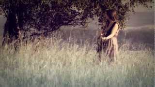 Video Kateřina Marie Tichá - Vzpomínej (OFICIÁLNÍ VIDEOKLIP)