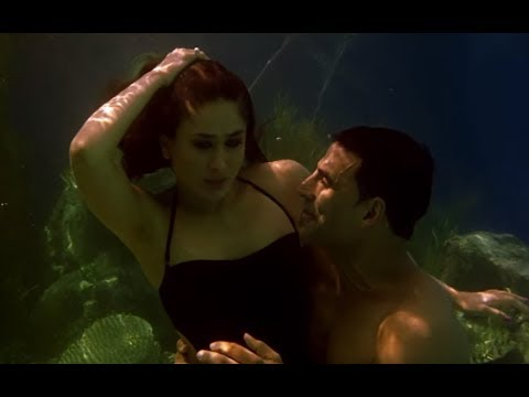 Akshay Kumar Kareena Kapoor S Under Water Romance Kambakkht Ishq