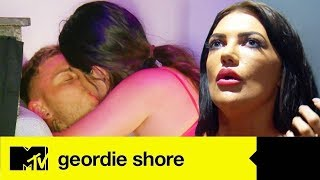 Download Lagu Abbie Holborn Goes Akka And Swills New Lad Grant Molloy | Geordie Shore 17 Ep #1 Highlights Mp3