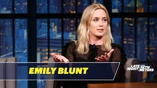 Video Emily Blunt Tells the Story of How She Met John Krasinski MP3, 3GP, MP4, WEBM, AVI, FLV Januari 2019