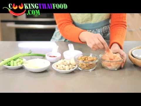 How to make Cashew Chicken Recipe – Thai Stir Fried Chicken with Cashew Nuts Thai Food Video