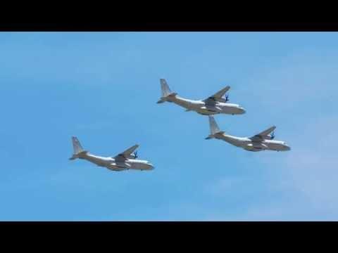 3 carguero medios en formación....