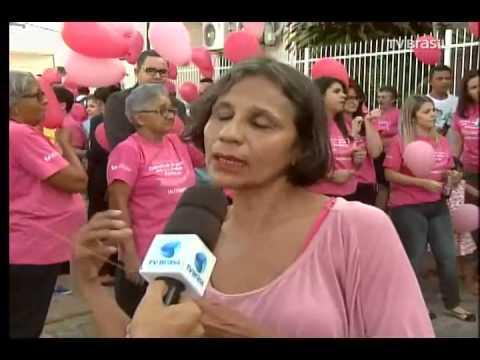 Campanha chama atenção para o câncer de mama