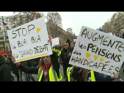 Frankreich: Fast 70.000 Gelbe Westen auf der Straße
