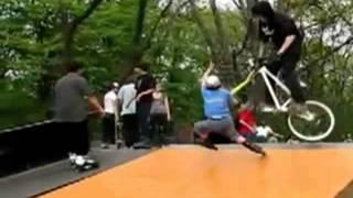 BMX vs Patinador