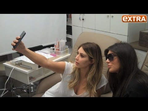 Selfie Kardashian