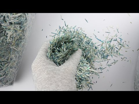Artist Painstakingly Reassembles a Bank of England Five Pound Note Out of Shredded Fiver