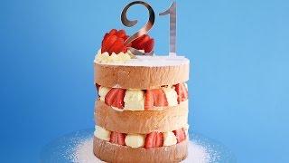 Strawberries and Cream Cake Tutorial- Rosie's Dessert Spot