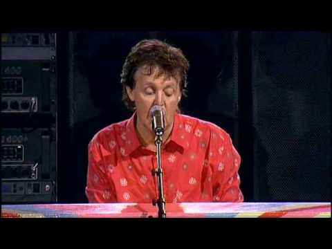 Paul McCartney - Hey Jude (Live Glastonbury 2004) (High Quality Video) (HD)